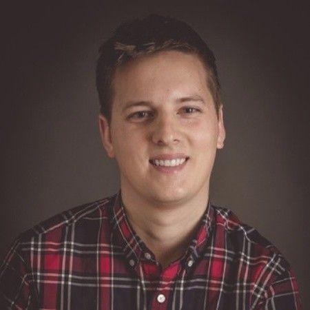 Dustin Schau Portrait